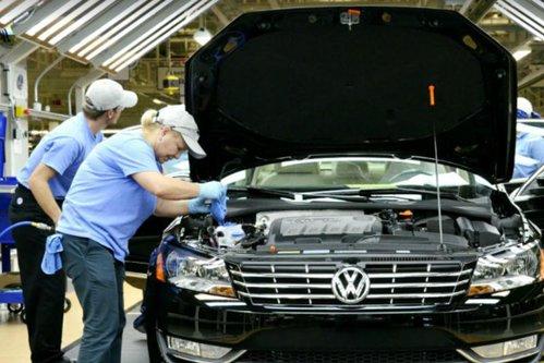 Măsura drastică luată de VW după scandalul pieselor de maşini