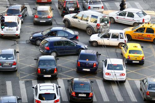 Care sunt cele mai periculoase intersecţii din Bucureşti. 60 de oameni mor anual în ele