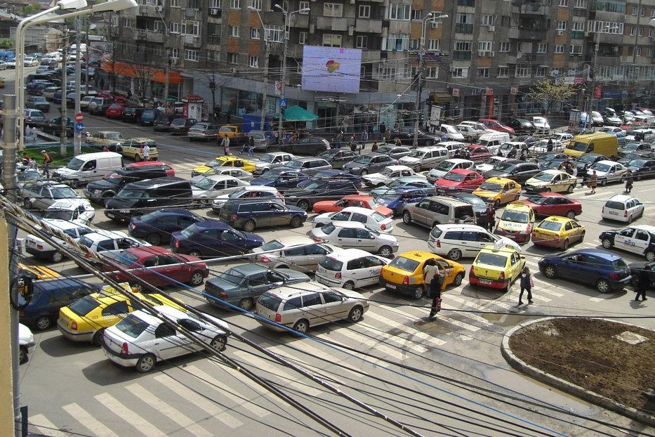 România, pe primul loc în Europa la numărul morţilor în accidente. Care sunt cele mai periculoase intersecţii din Capitală