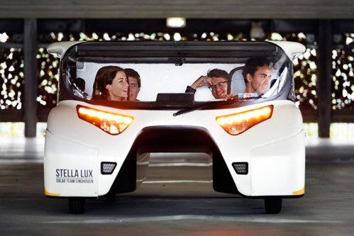Succesul energiei alternative. Maşina care merge 3000 de km cu 0 bani. Cum funcţionează