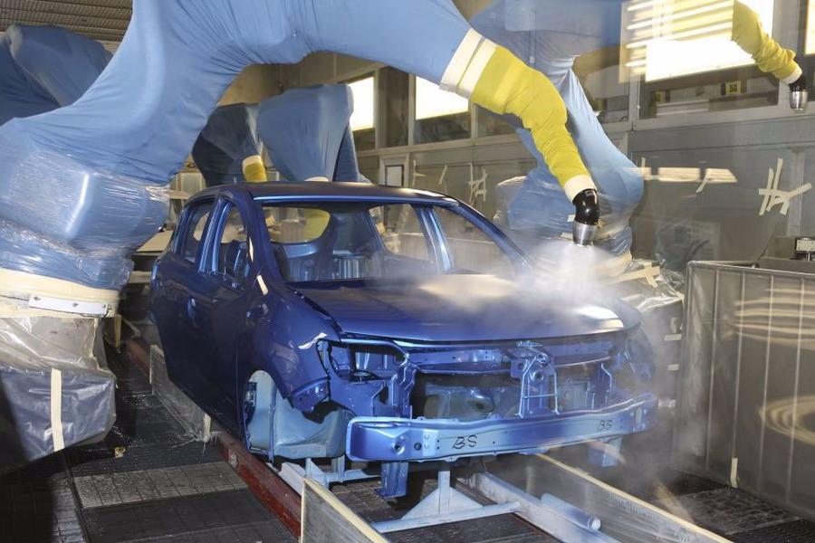 Un gigant din industria auto vine în România: tocmai ce a cumpărat o fabrică în Piteşti