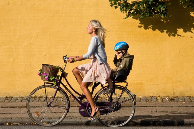 Ţara cu mai multe biciclete decât maşini. Surpriză: Nu e Olanda
