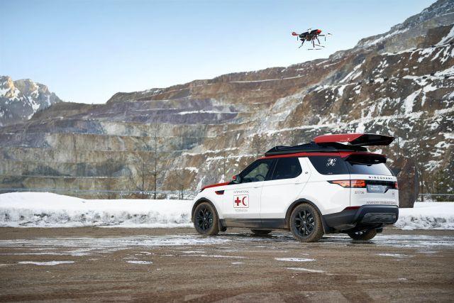 Prima maşină cu dronă montată pe plafon. Cui ii este destinată