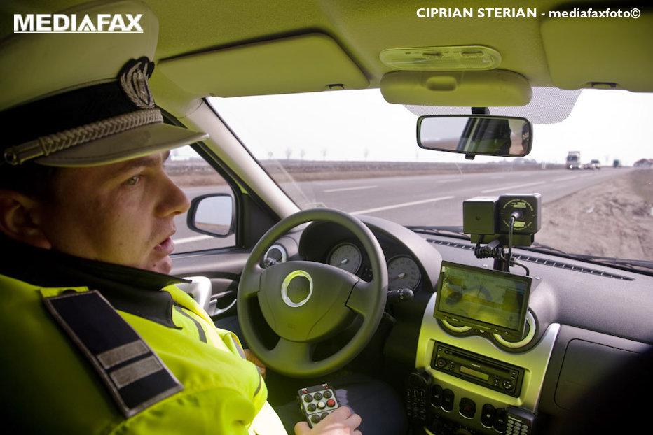 Şoferii prinşi de radar pot fi amendaţi de orice poliţist