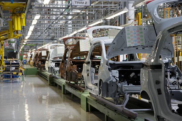 Noi angajări la fabrica Ford din România. Aproape 1000 de locuri noi de muncă