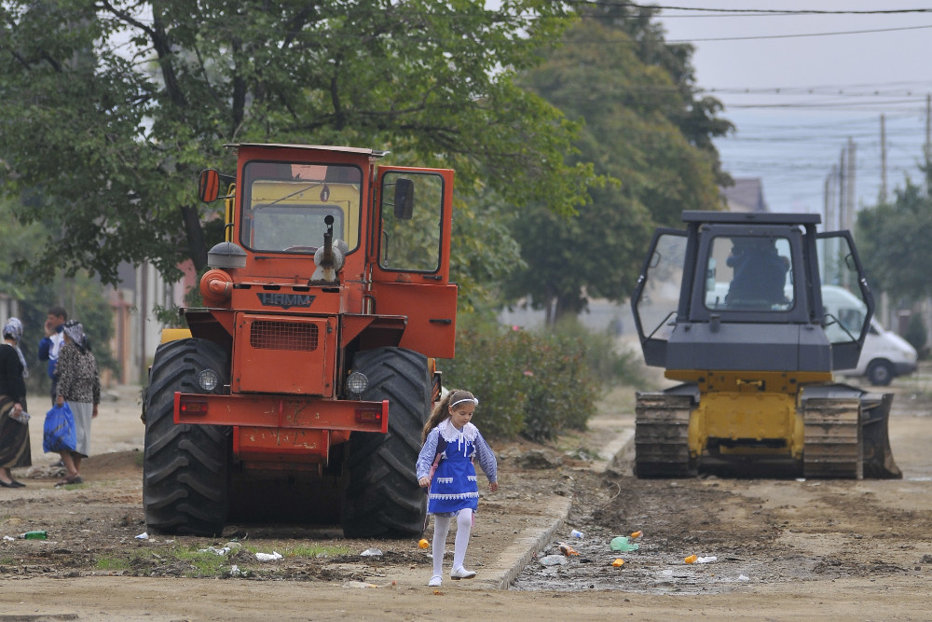 Ce se întâmplă dacă eşti prins cu un tractor pe drumurile publice. Decizie surpriză luată azi de ÎCCJ