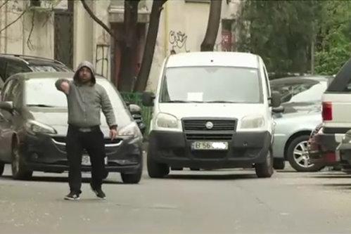 Suma impresionantă pe care o câştigă un parcagiu în Capitală. Un deputat propune să fie băgaţi în închisoare