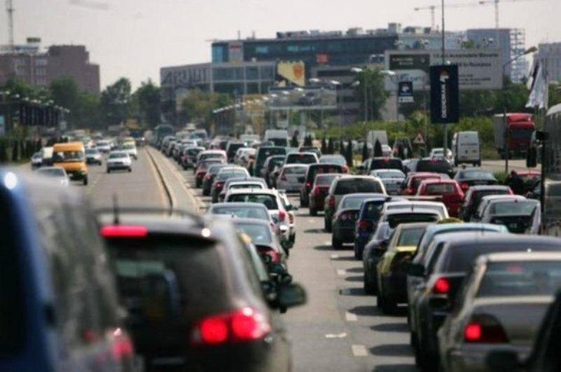Prima ţară din lume care va interzice vânzarea autovehiculelor care merg pe benzină sau motorină