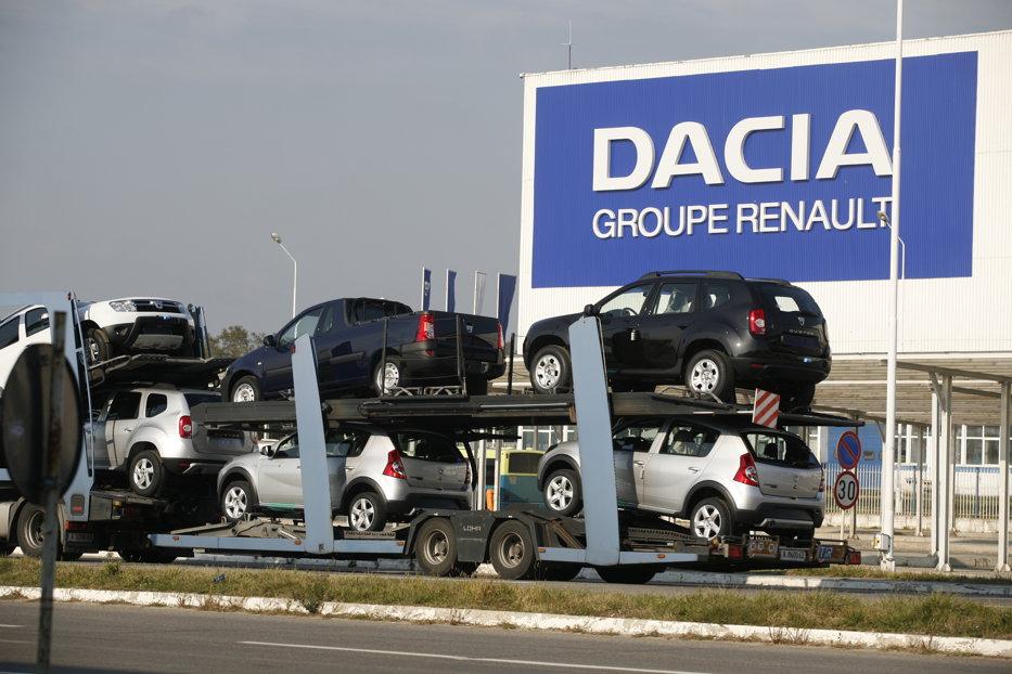 Dacia recheamă în service peste 2000 de automobile Duster