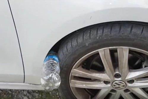Dacă găseşti o sticlă de plastic pusă astfel la roata maşinii, ai face bine să chemi poliţia. Înseamnă că sunt pe aproape - VIDEO