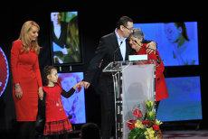 """CTP: """"Mama lui Victor Ponta n-a avut nicio palpitaţie să intre în contact cu presa în campania electorală"""""""
