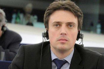 Europarlamentarul PSD Cătălin Ivan, la Gândul LIVE. Ponta trebuie să demisioneze din Guvern, iar coaliţia să vină cu alt premier