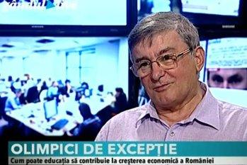 """Coordonatorul olimpicilor români la Fizică: """"Dacă noi ne-am ţine de programă, copiii ăştia nici nu ar da bună dimineaţa la olimpiadă"""""""