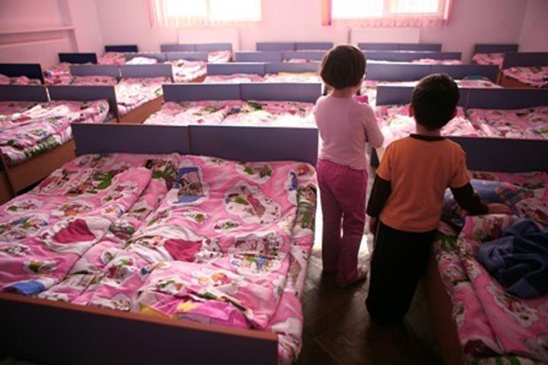 Rezultatele îngrijorătoare ale unui studiu realizat pe copii din România, instituţionalizaţi de mici