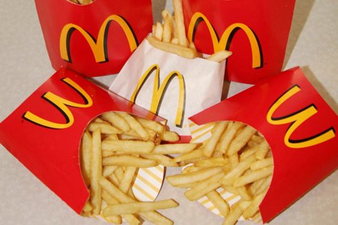 A slăbit aproape 30 de kilograme mâncând doar de la McDonald's. Care a fost metoda sa