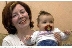 La 65 de ani, o nemţoaică a devenit cea mai în vârstă mamă de cvadrupleţi