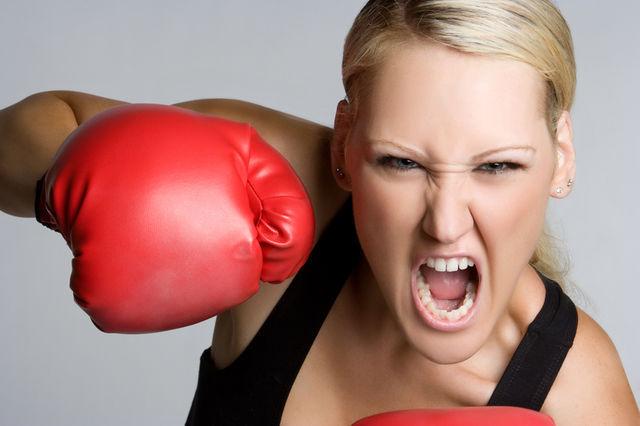 """Cât rău ne pot face momentele de furie: """"Frica se manifestă la nivelul stomacului şi al rinichilor"""""""