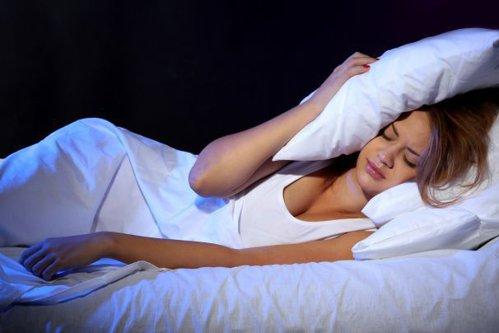 6 lucruri care se întâmplă în organism dacă nu dormim suficient