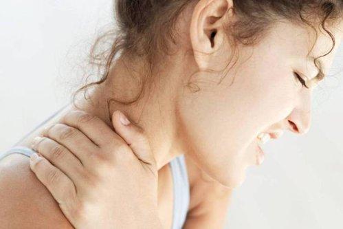 Boala fără leac care provoacă dureri continue şi mari