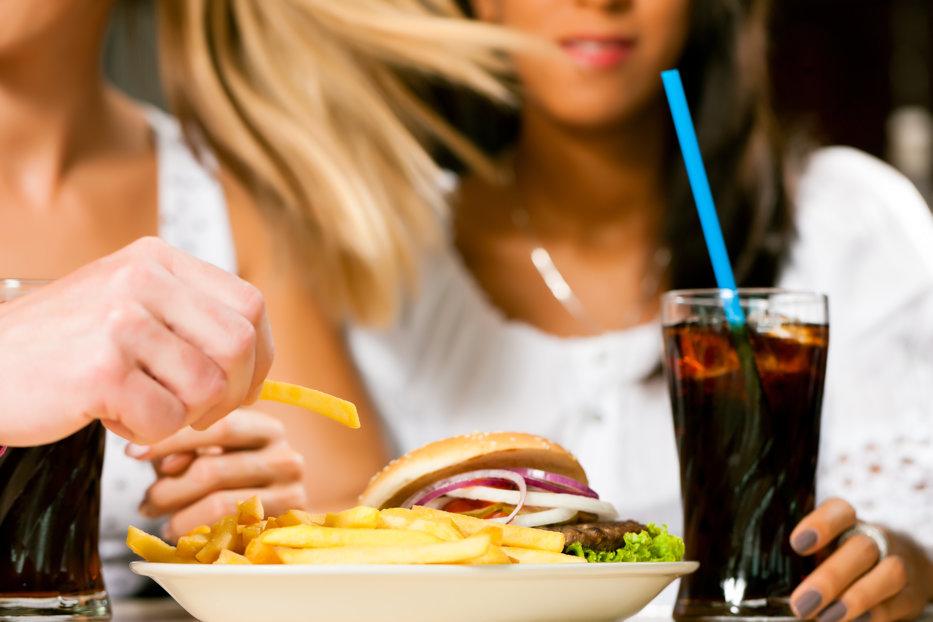Ce boli poate ascunde senzaţia acută de foame sau de sete