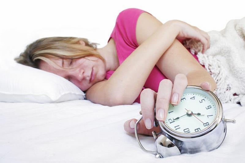 Adevăratul motiv pentru care adolescenţii nu se pot trezi devreme dimineaţa. Nu este vina lor