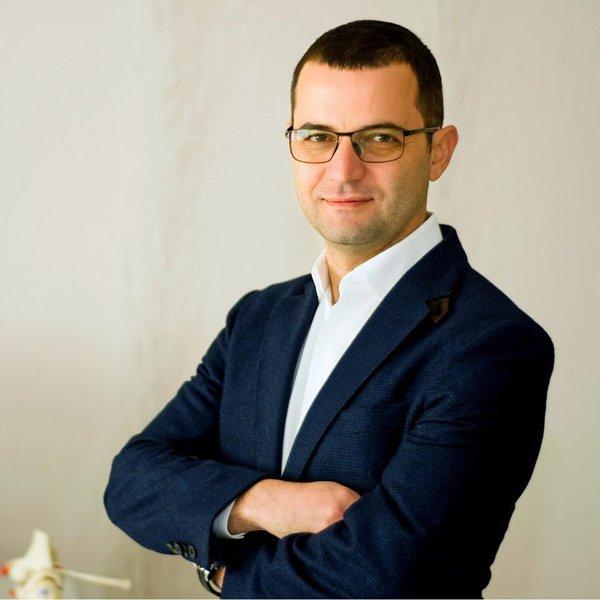 Dr. Ion Bogdan Codorean, ortopedul vedetelor