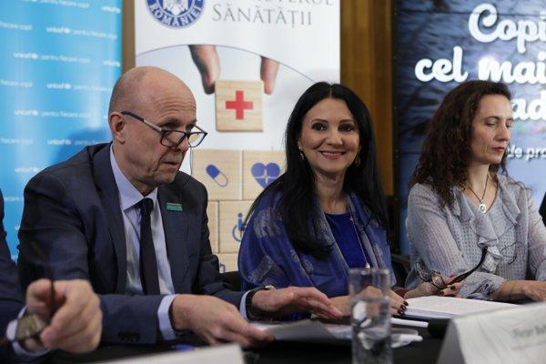 Ministerul Sănătăţii şi UNICEF au lansat o campanie de promovare a vaccinării cu ROR