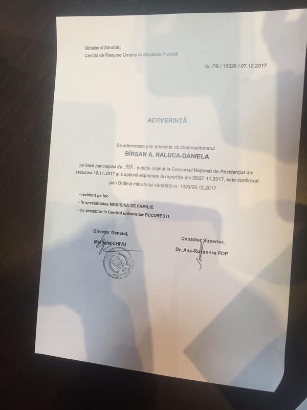 Diploma falsului medic de la Spitalul Ilfov, fabricată din cea a unui absolvent de jurnalistică