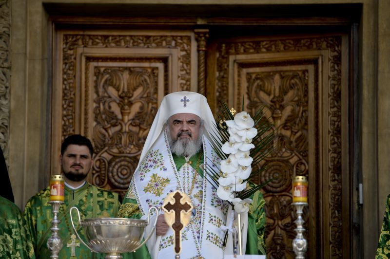 BOR: Biserica Ortodoxă Română s-a născut odată cu formarea poporului roman, adventiştii au apărut abia la începutul secolului al XX-lea