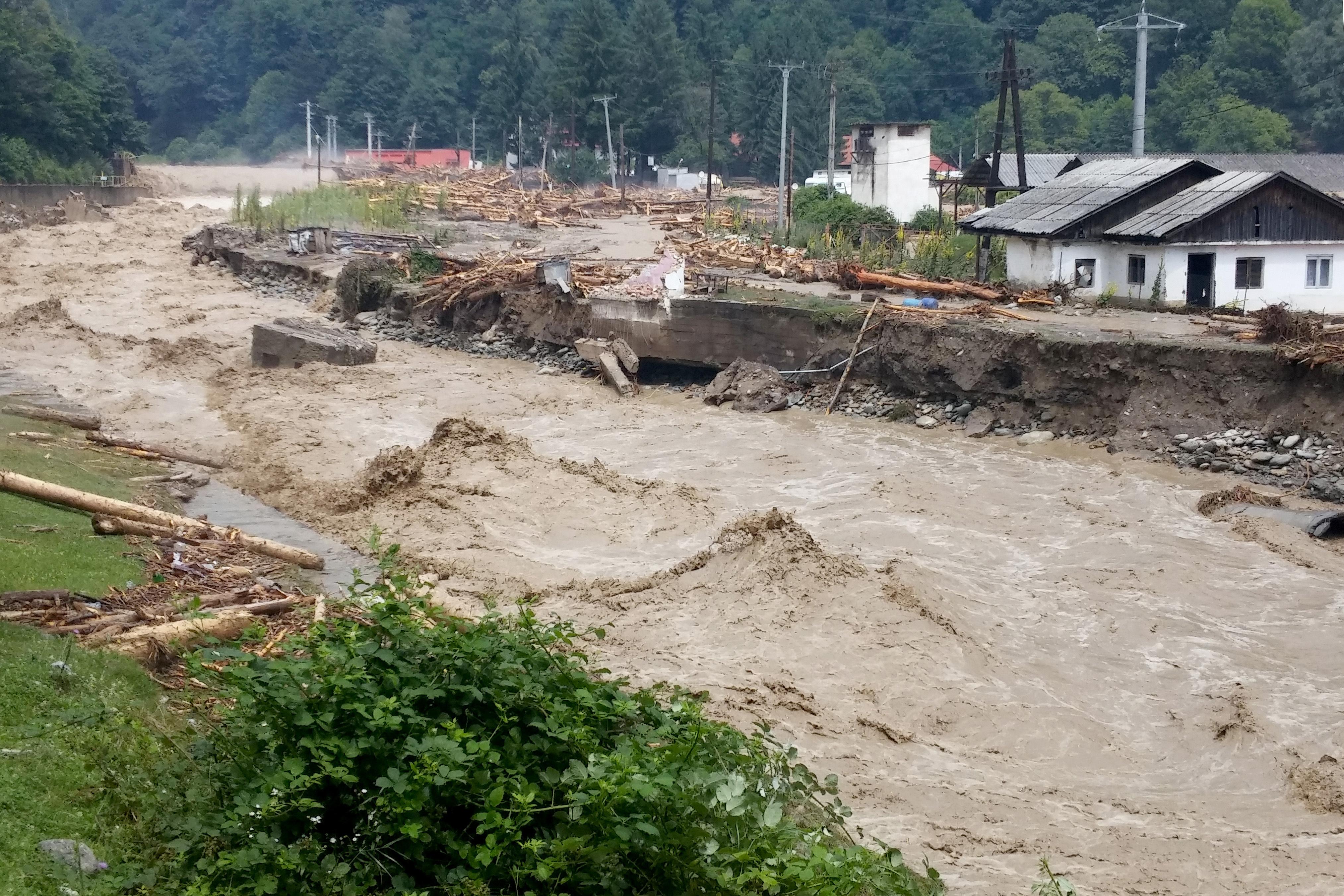 Cod rosu de inundatii �n judetul Dolj
