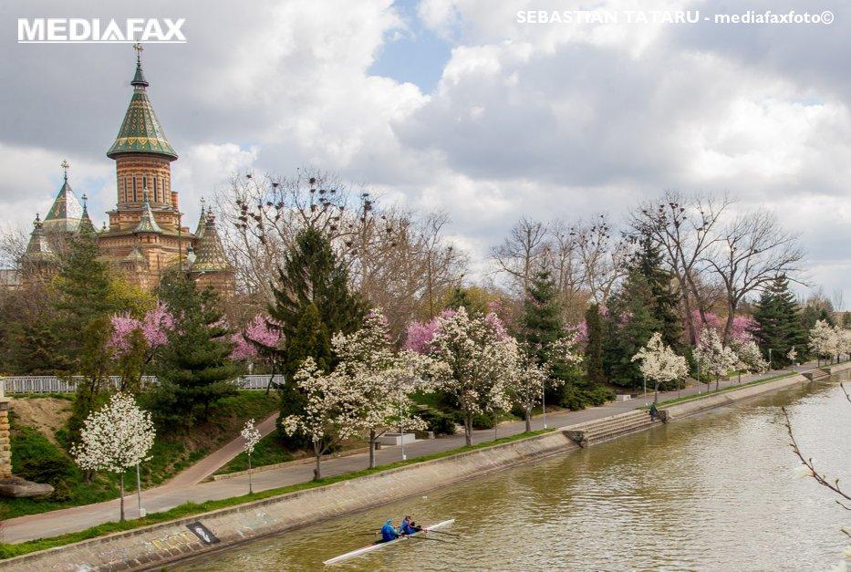 VREMEA. Prognoza METEO pentru 27 martie - 9 aprilie. Zonele din România în care vor fi 20 de grade