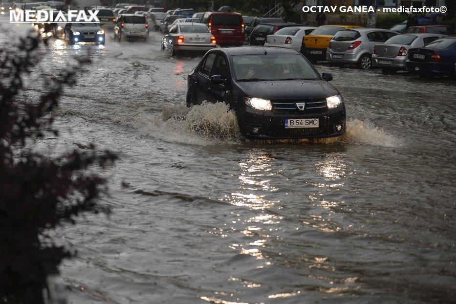 Cod galben de ploi până la ora 23.00: jumătate din România va fi afectată