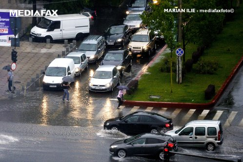 METEO. VREMEA în România pentru marţi şi miercuri. Zonele în care va ploua. Harta ANM