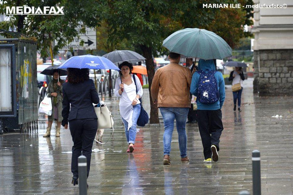METEO. Temperaturile scad în toată ţara. Începând de vineri, maximele nu vor depăşi 20-23 de grade Celsius