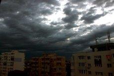 Weekend cu ploi şi ninsori, în ţară şi în Capitală. Anunţul meteorologilor