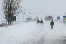 România, sub atenţionare meteo de ninsori viscolite, vânt puternic şi precipitaţii mixte. Care sunt zonele vizate