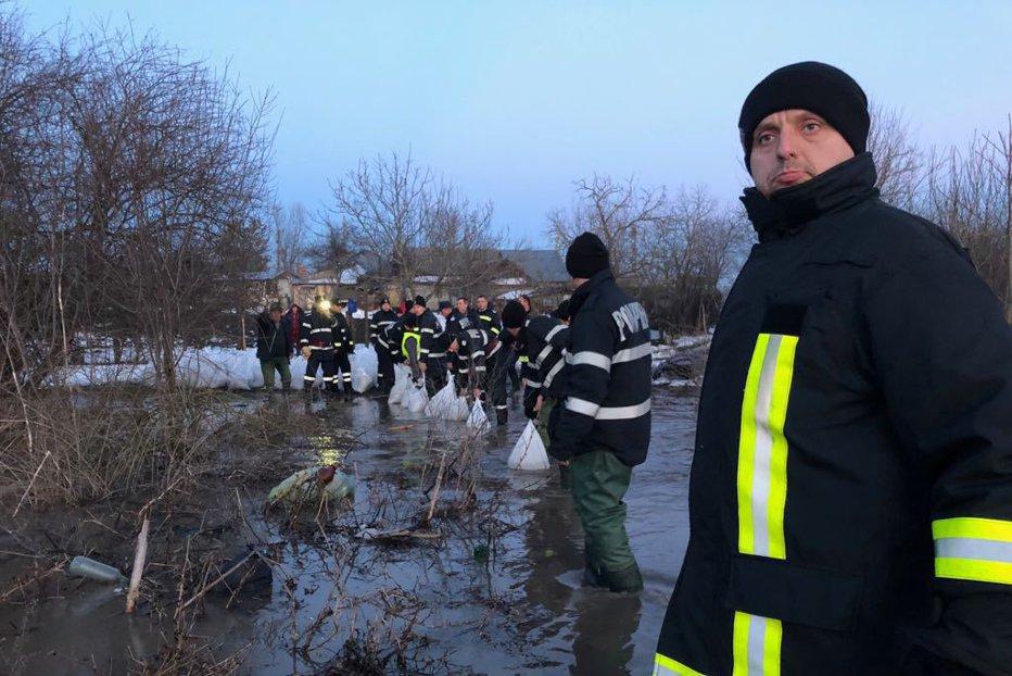 COD GALBEN de inundaţii în nouă judeţe ale ţării
