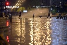 Administraţia Naţională de Meteorologie, informare meteo de furtuni pentru sudul şi centrul ţării, zonele de deal şi de munte, până luni seară, la ora 21.00.