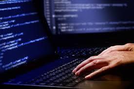 Câteva dintre cele mai mari site-uri din lume, lovite de hackeri. Twitter, Netflix sau PayPal, pe listă