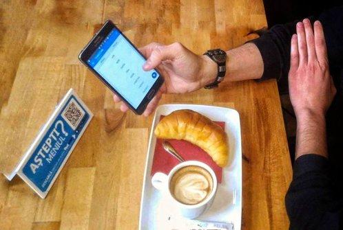 O echipă de IT-işti Cluj a lansat aplicaţia care te scuteşte să mai aştepţi după ospătar ca să comanzi. Două restaurante de top din New York o folosesc deja