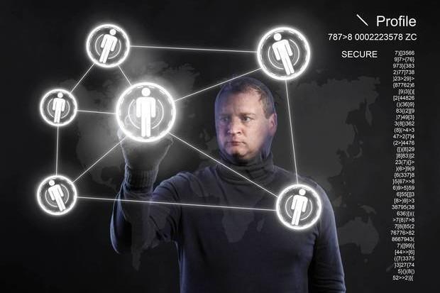 Povestea românului care a creat ''poligonul'' unde se antrenează hackerii