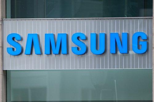 Samsung, decizie controversată: scoate din nou la vânzare un telefon care i-a provocat pierderi de miliarde