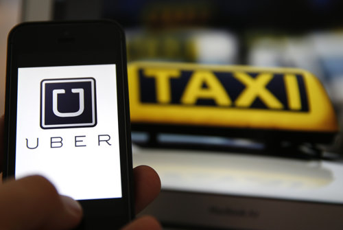 Acuzaţii grave la adresa Uber. Cum ar fi urmărit telefoanele clienţilor