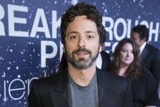 """Cofondatorul Google, Sergey Brin, construieşte un dirijabil luxos uriaş de 100 de milioane de euro din care va """"arunca"""" provizii """"săracilor"""" de la sol"""