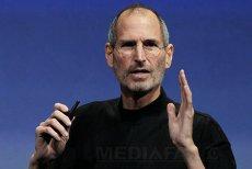 """Cum a apărut cel mai revoluţionar produs din istorie? Steve Jobs a vrut să îi arate lui Bill Gates """"cum se face"""""""