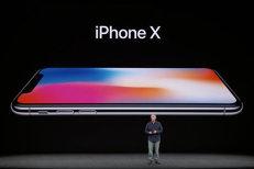 """Incredibil câţi bani va câştiga Samsung pentru fiecare iPhone X vândut: """"Este OK. Apple este cel mai bun client al nostru"""""""