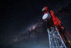 O mare companie de telefonie mobilă din România, campanie agresivă: net 4G nelimitat la abonamente de la 5 euro