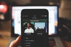 Spotify se lansează de azi şi în România. Cât costă abonamentul lunar serviciul de streaming muzical