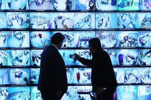 Inteligenţa Artificială schimbă FUNDAMENTAL lumea în care trăim. Reacţia Democraţiei liberale la apariţia Autoritarismului digital