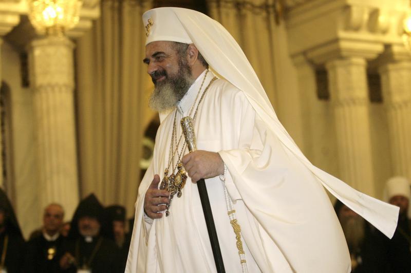 FACEBOOK. Îndemnul Patriarhului Daniel pentru toţi preoţii: Intraţi în reţelele de socializare pentru întâlnirea cu omul de astăzi